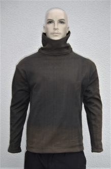 Cheap cut resistant turtleneck Bravo discolored size Large